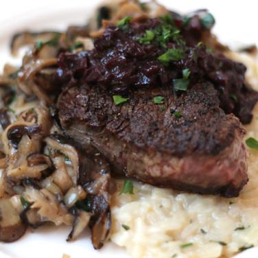 Pan Seared Filet Mignon w/ reduced Shallot & Mushroom Sauce