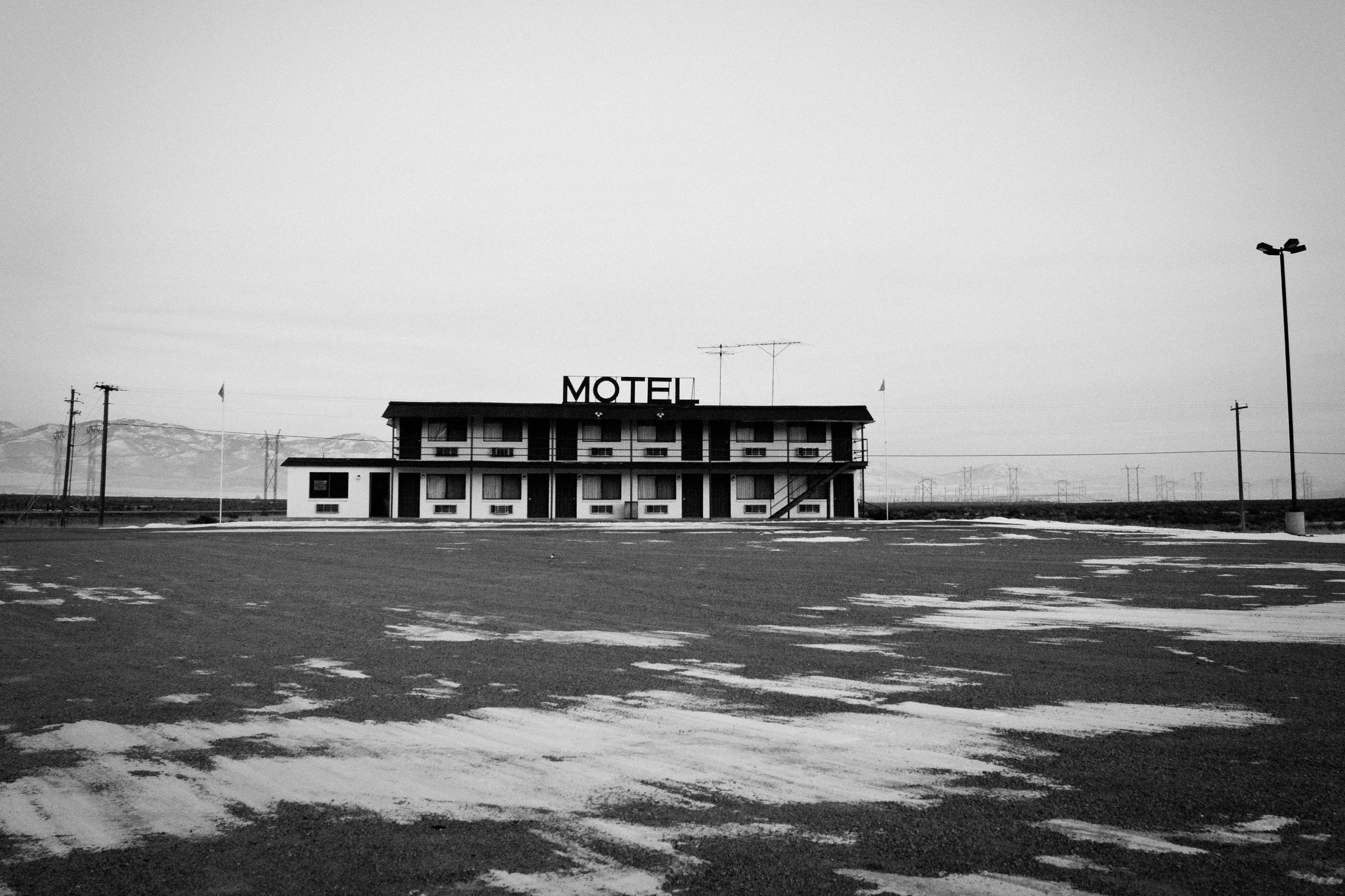Idaho winter landscape motel moody