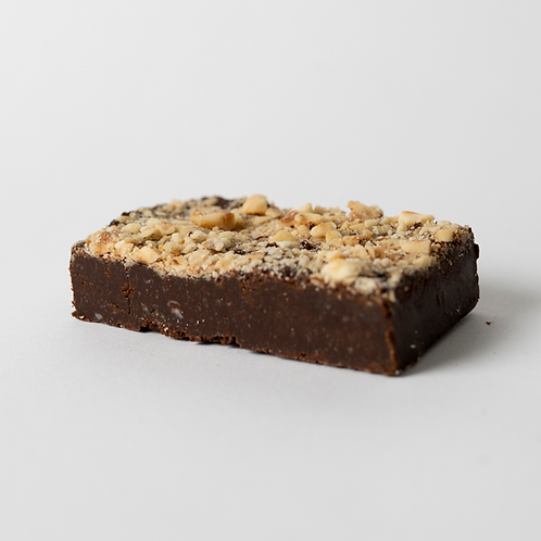 Vegan Hazelnut Crunch Brownie