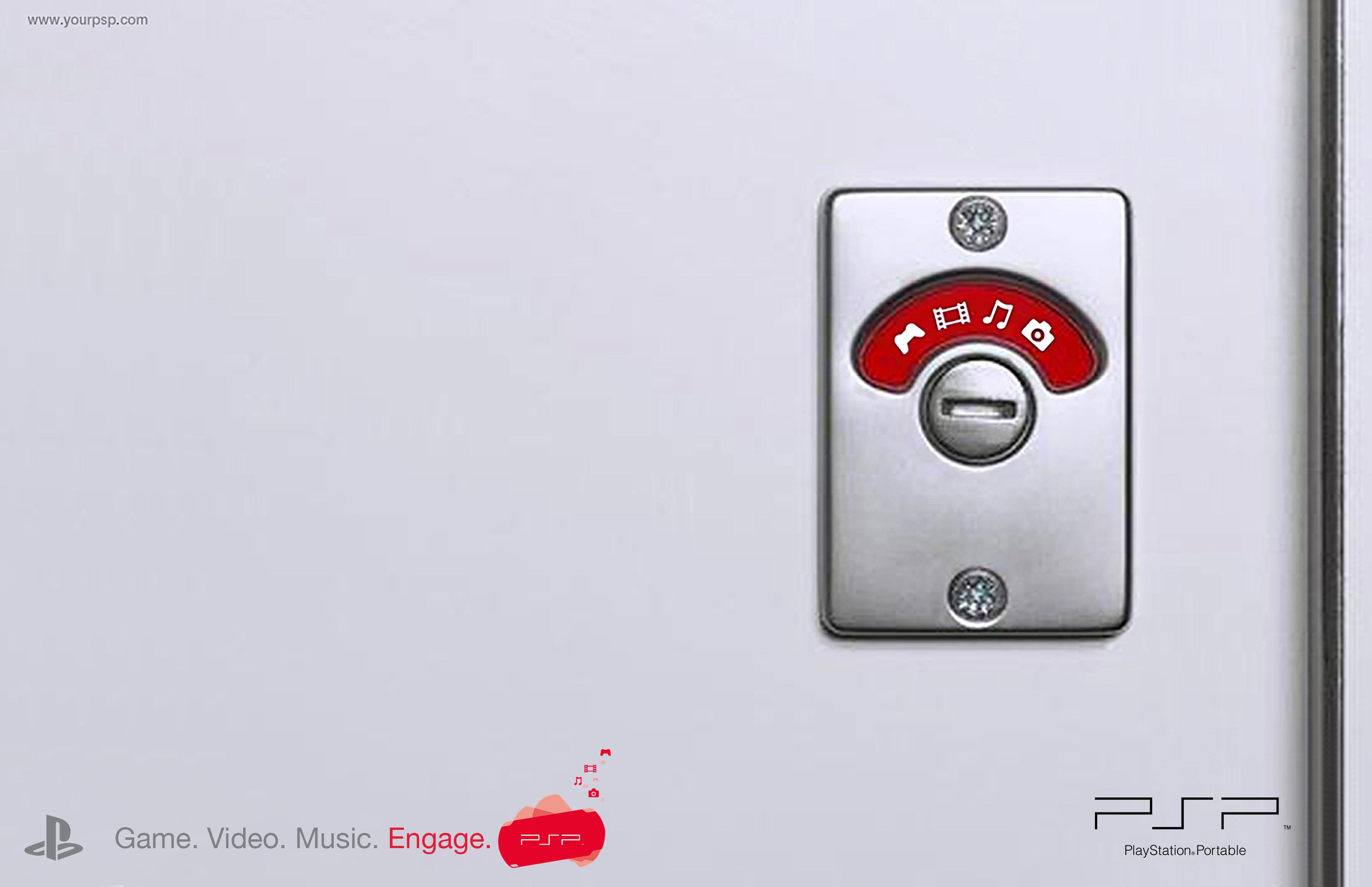 SONY PSP engaged