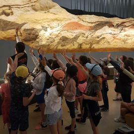 CE2 : Voyage à la grotte de Lascaux