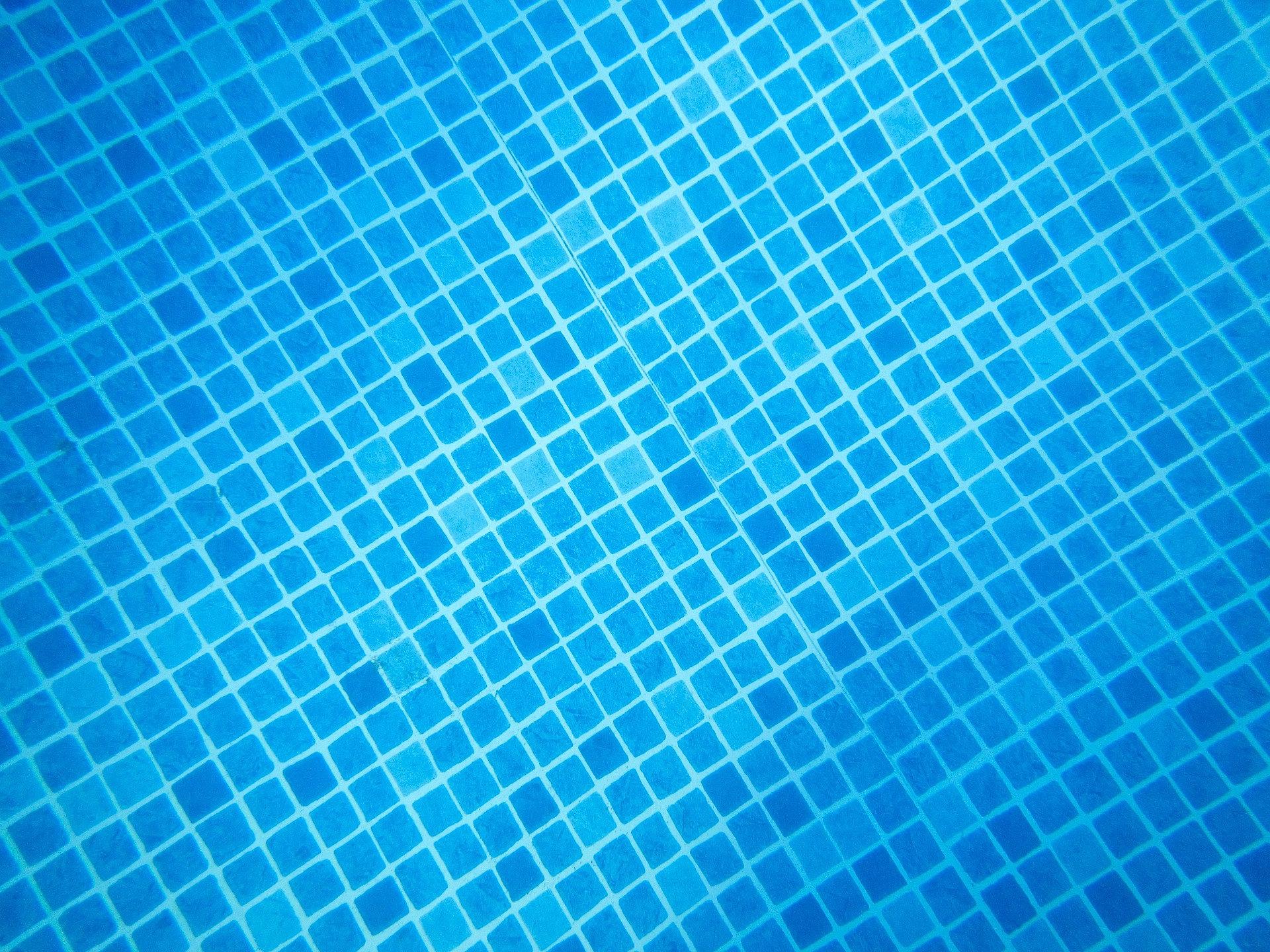 Monsite Swimming Pool Tile Installation