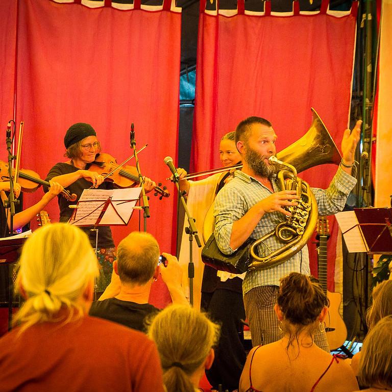 Live Konzert: ZEGG-Party-Band