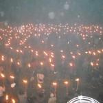 平和を祈念し厳かに「火と鐘の祭り」に参加!(大晦日)