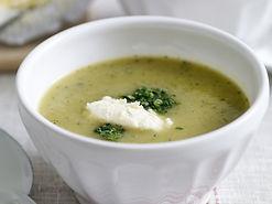 Courgettesoep met kruidenkaas.jpg