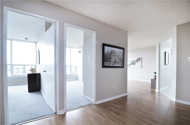 New laminate floors (living area). New carpet floors (bedrooms).