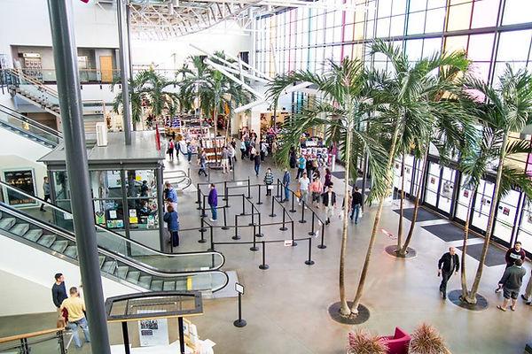 Oviedo Mall interior.jpg