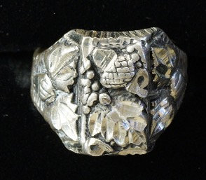 Silver Ring Grape Leaves & Vines New Stock