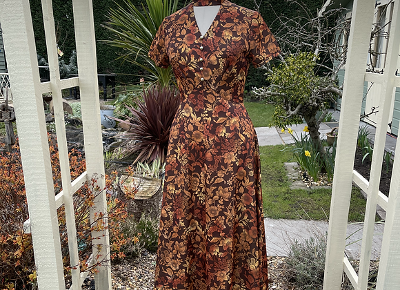 1970s Maxi Dress with Choker Neck Line