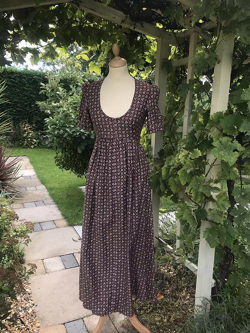 1970s Midi length Dress