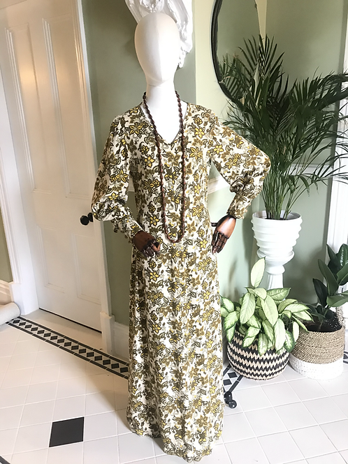 1970s Cream and Green Maxi Dress Front View