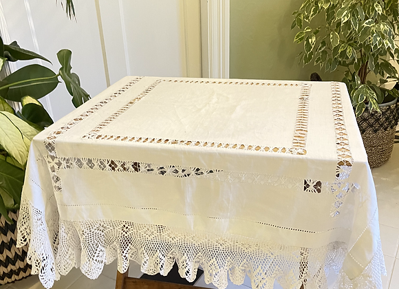Vintage Cotton Table Cloth