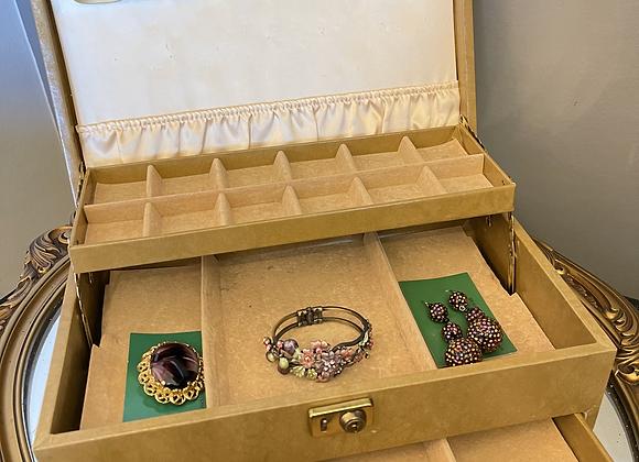 Vintage Jewellery Box - Light Tan