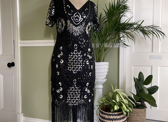 1920s Style Fringed Silver Sequinned Dress