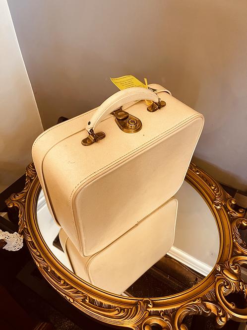 Cream Vanity Case
