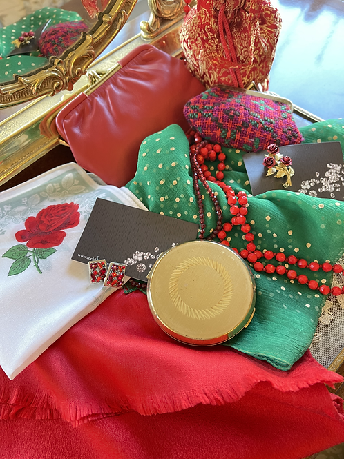 Vintage Ladies Red Themed Accessory Pack