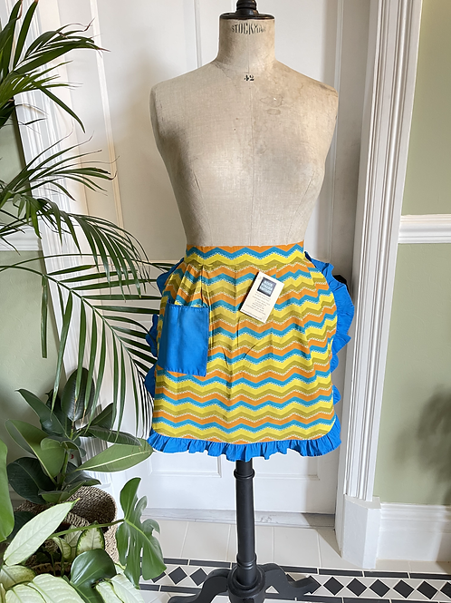 1960s Vintage Housewife  Apron
