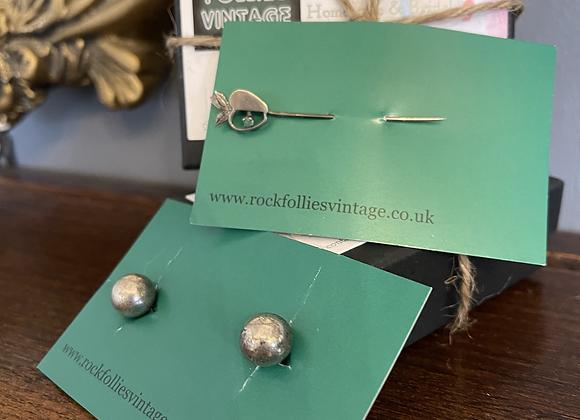 Ball & Chain Cuff Links & Apple Pin