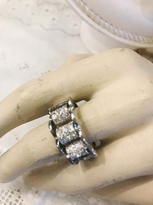 Fluted Edged Diamanté Ring