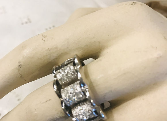 Fluted Edged Diamanté Ring