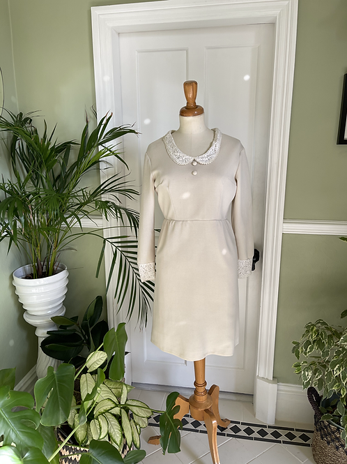 1960s Cream Dress with Lace Peter Pan Collar Front View