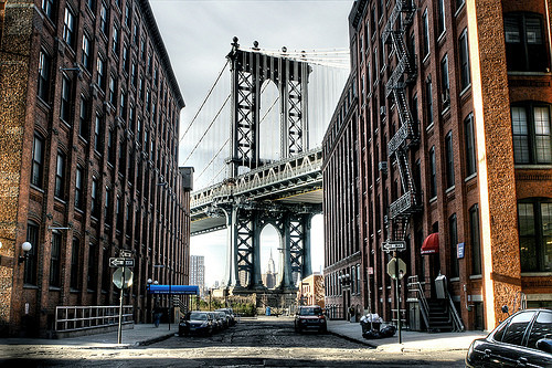 At the end of Washington Street, you can see the imposing Manhattan Bridge