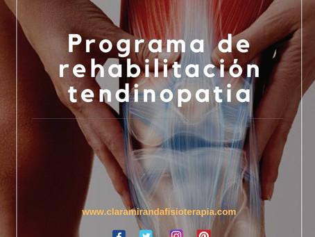 Rehabilitación de tendinopatía con programa de ejercicios excéntricos.