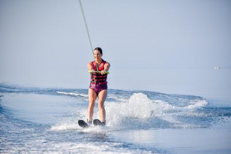 16 August 08-48-00 JACQUETTA_Water-skiin