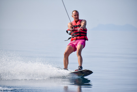 23 August 10-05-19 JACQUETTA_Water-skiin