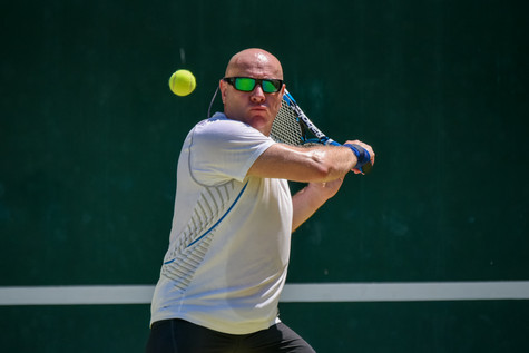 21 June 12-09-01 JACQUETTA_Tennis Blue.j