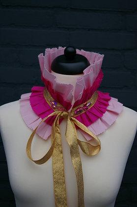 Roze Pierrot Ruffle Kraag