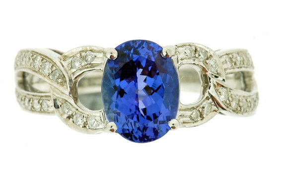 18ct white gold tanzanite and diamond ring front view