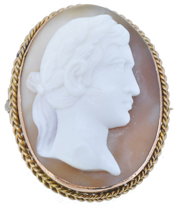 9ct yellow gold cameo oval brooch