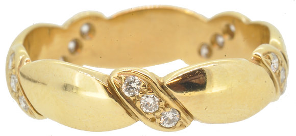 18ct yellow gold 0.22ct diamond 15 stone band ring front view