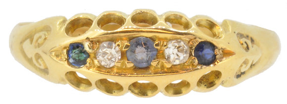 Antique 18ct yellow gold sapphire and diamond ring front view