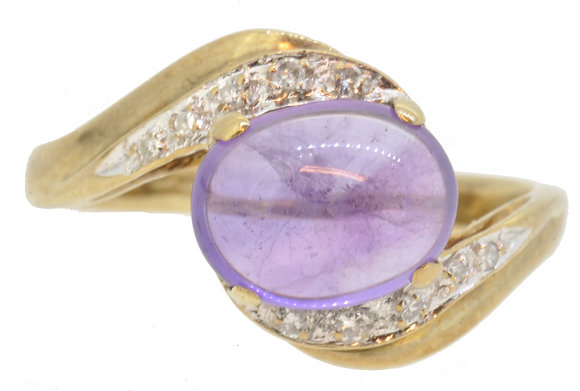 9ct yellow gold amethyst and diamond cross-over ring front view