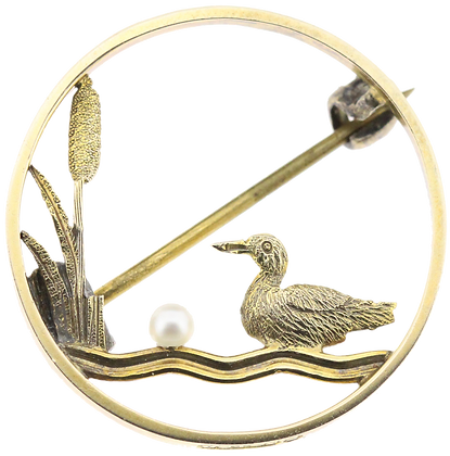 9ct yellow gold bird pearl brooch