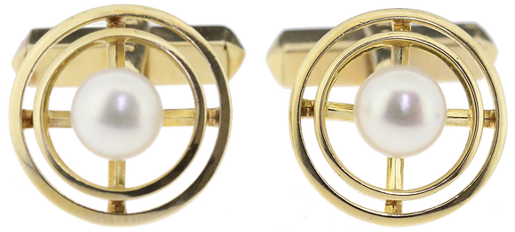 14ct yellow gold Mikimoto pearl cufflinks front view
