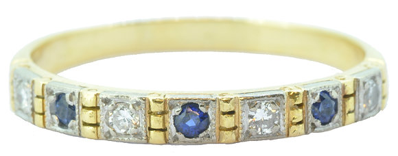 18ct yellow gold sapphire and diamond ring front view
