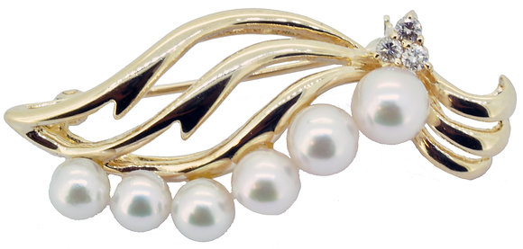Pearl and Diamond Brooch