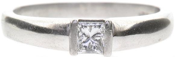 platinum 0.25ct diamond ring front view