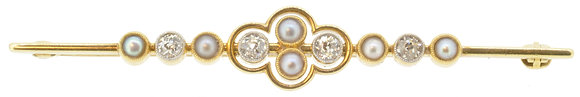 Antique Yellow Gold Pearl & Diamond Brooch