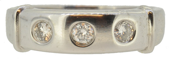 18ct White Gold 3 Stone Diamond Band Ring