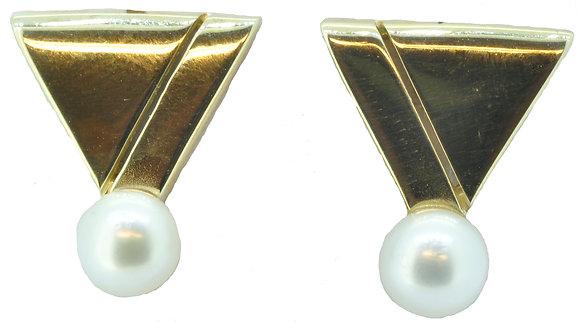 9ct yellow gold pearl stud earrings