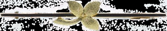 Antique yellow gold leaf bar brooch