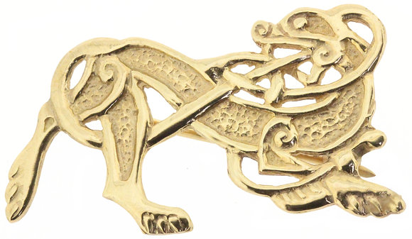 9ct yellow gold lion brooch front view