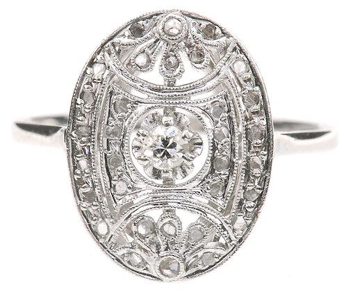 18K white gold diamond ring front view