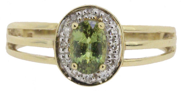 9ct yellow gold peridot and diamond ring front view