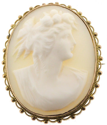 Antique 9ct cameo brooch