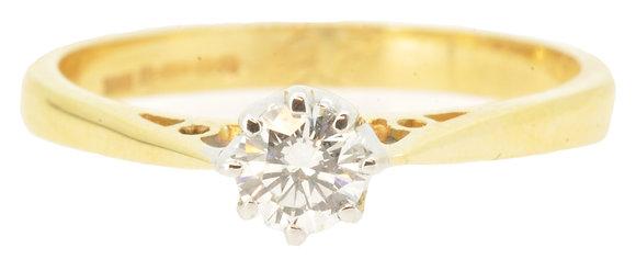 18ct Yellow Gold 0.26ct Diamond Ring